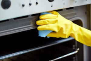 Free Fridge or Oven Cleaning with the Purchase of a Deep Cleaning! | Carpe Diem Cleaning